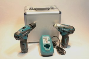 Makita_Combo_Kit_with_Charger__Case